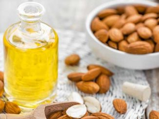 beneficiile-uleiului-de-migdale
